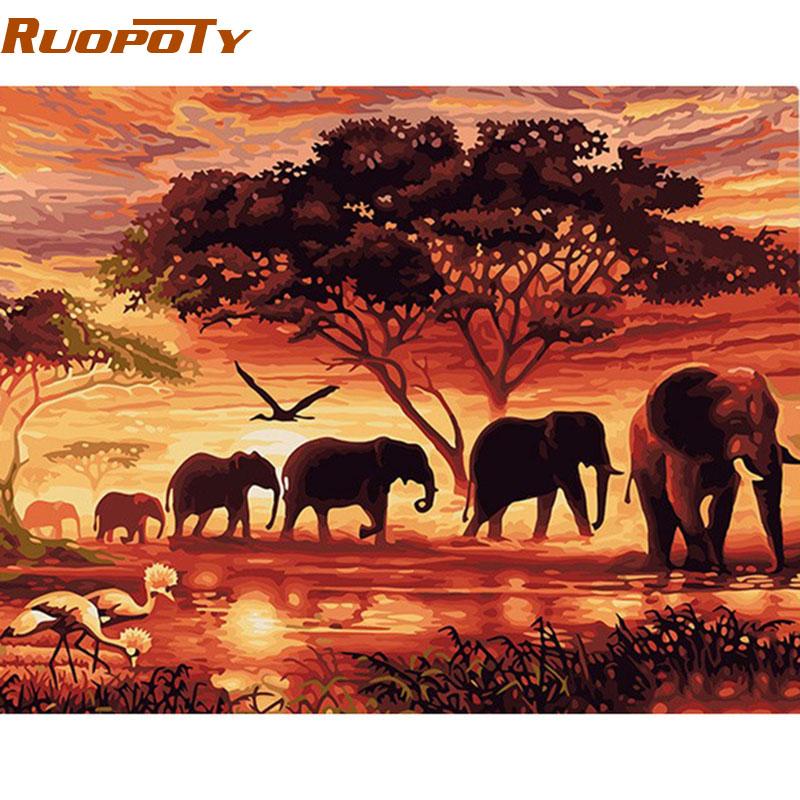 """Картина по номерам: """"Слоны идущие по пустыне"""""""